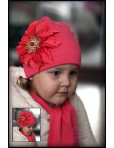 Комплект весенний коралловый шапка и шарф с клематисом